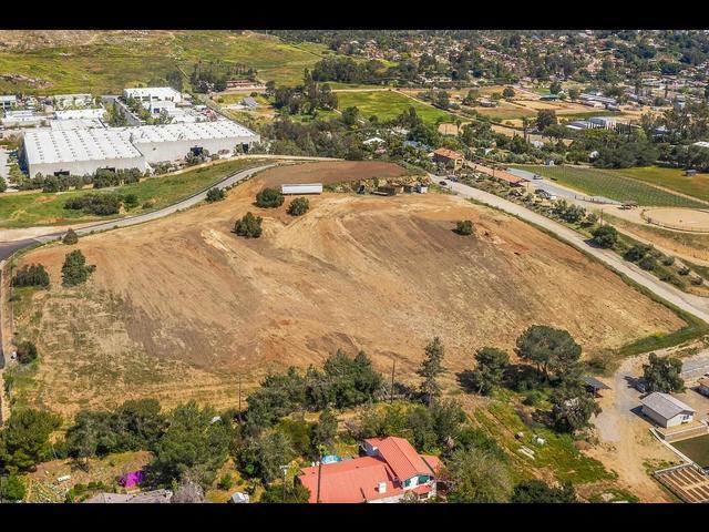 Hill Valley #0, Escondido, CA 92029 (#190023079) :: Farland Realty