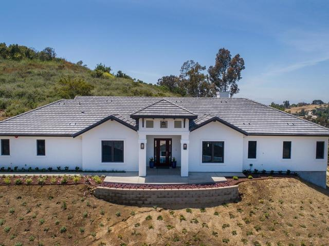 3271 Sagewood Hills Road, Vista, CA 92084 (#190027186) :: The Marelly Group | Compass