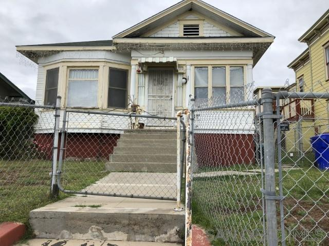 2478 J St., San Diego, CA 92102 (#190027265) :: Neuman & Neuman Real Estate Inc.