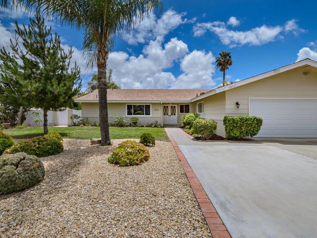 1811 Craigmore Ave, Escondido, CA 92027 (#190028418) :: Keller Williams - Triolo Realty Group