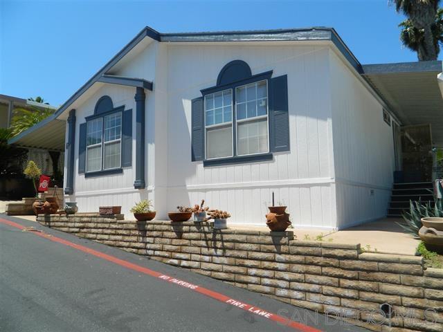 1333 Olive Ave Spc 64, Vista, CA 92083 (#190028952) :: Coldwell Banker Residential Brokerage