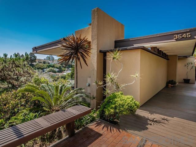 3545 Inez St, San Diego, CA 92106 (#190030339) :: Coldwell Banker Residential Brokerage