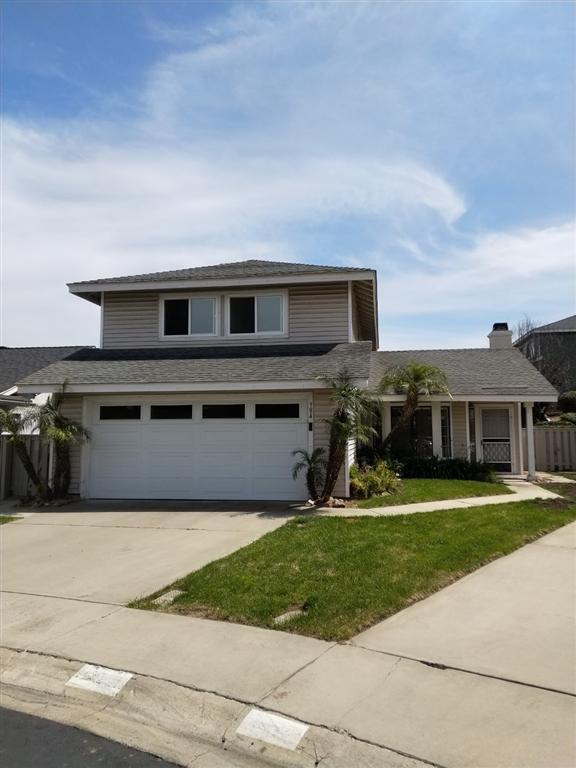 984 Brighton Ct, Vista, CA 92081 (#190032290) :: Keller Williams - Triolo Realty Group