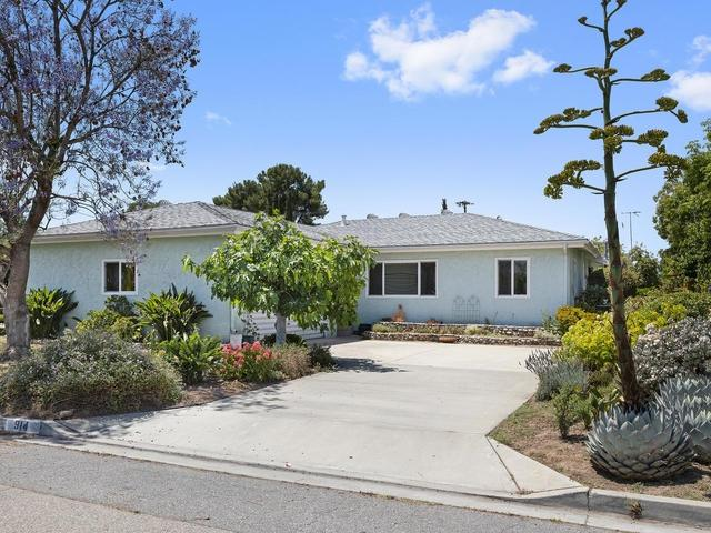914 14th Place, Escondido, CA 92025 (#190032340) :: Coldwell Banker Residential Brokerage