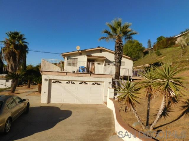 12711 Jackson Hill Dr., El Cajon, CA 92021 (#190033154) :: Whissel Realty