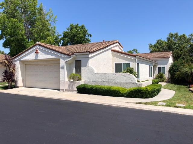 1762 Arroyo Gln, Escondido, CA 92026 (#190033625) :: Neuman & Neuman Real Estate Inc.