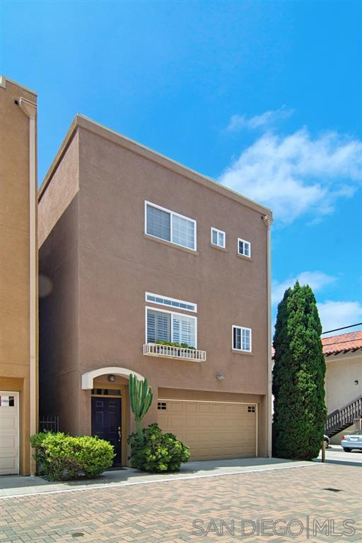 1861 Robinson, San Diego, CA 92103 (#190033627) :: Neuman & Neuman Real Estate Inc.