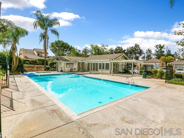 1811 Castle Glen, Escondido, CA 92029 (#190033705) :: San Diego Area Homes for Sale