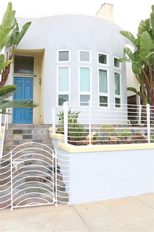 414 N Tremont, Oceanside, CA 92054 (#190033818) :: Coldwell Banker Residential Brokerage