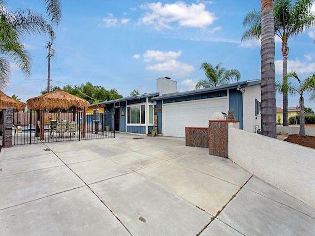 435 Lado De Loma Dr, Vista, CA 92083 (#190033989) :: Coldwell Banker Residential Brokerage