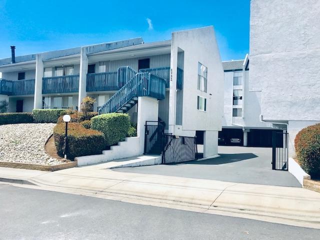 1122 Eureka St #11, San Diego, CA 92110 (#190034726) :: Coldwell Banker Residential Brokerage