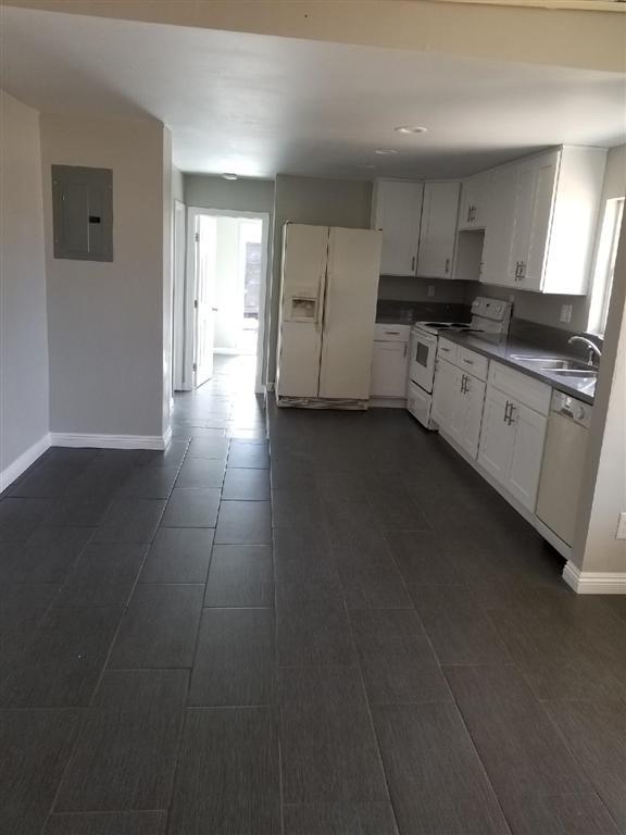 412 12Th St, Ramona, CA 92065 (#190035923) :: Cane Real Estate