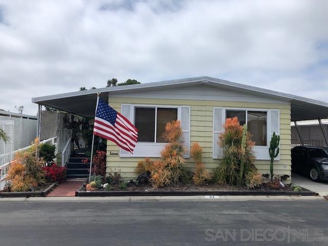 2130 Sunset Dr. #94, Vista, CA 92083 (#190037433) :: Neuman & Neuman Real Estate Inc.
