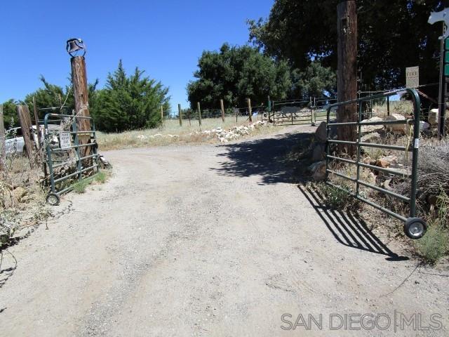 13895 Boulder Creek Rd, Julian, CA 92036 (#190037771) :: The Marelly Group | Compass
