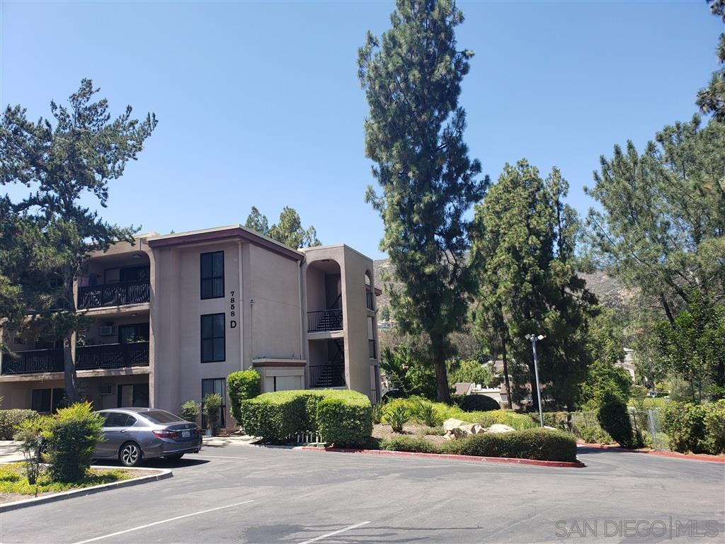 7858 Cowles Mountain Ct. - Photo 1