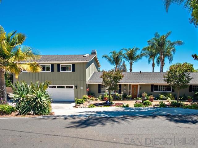 1970 Warmlands Ave., Vista, CA 92084 (#190039626) :: Neuman & Neuman Real Estate Inc.
