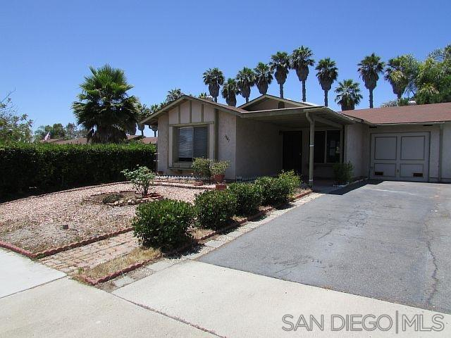 1381 Panorama Ridge Rd, Oceanside, CA 92056 (#190039848) :: Neuman & Neuman Real Estate Inc.