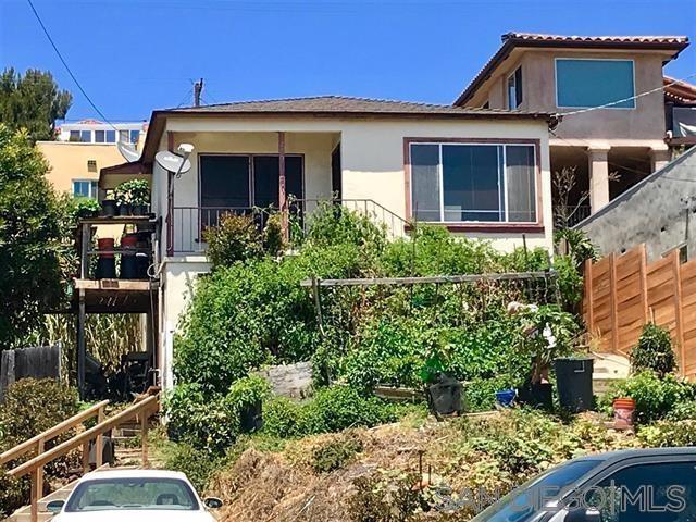 2008 San Diego Ave, San Diego, CA 92110 (#190040402) :: The Yarbrough Group