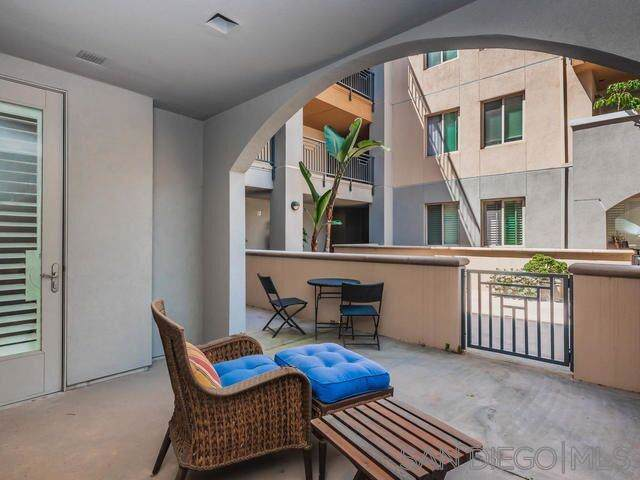 3887 Pell Place #125, San Diego, CA 92130 (#190045188) :: Wannebo Real Estate Group