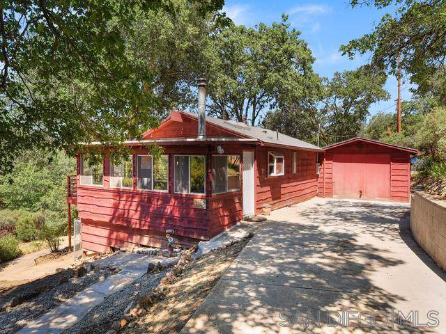 2194 Whispering Pines Drive, Julian, CA 92036 (#190045977) :: Neuman & Neuman Real Estate Inc.