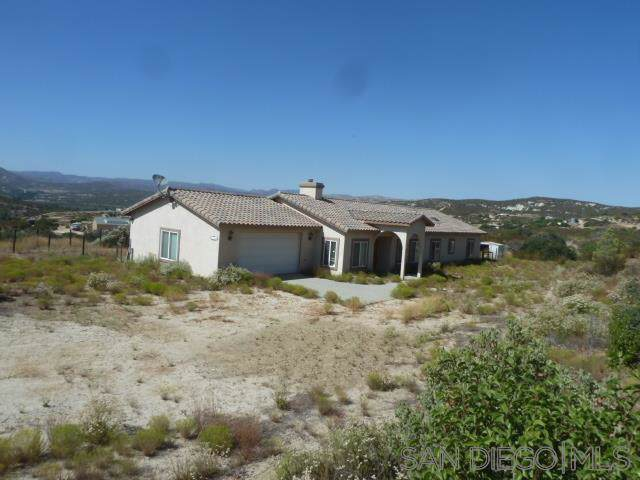 1155 Calle Loreto, Campo, CA 91906 (#190046922) :: Coldwell Banker Residential Brokerage
