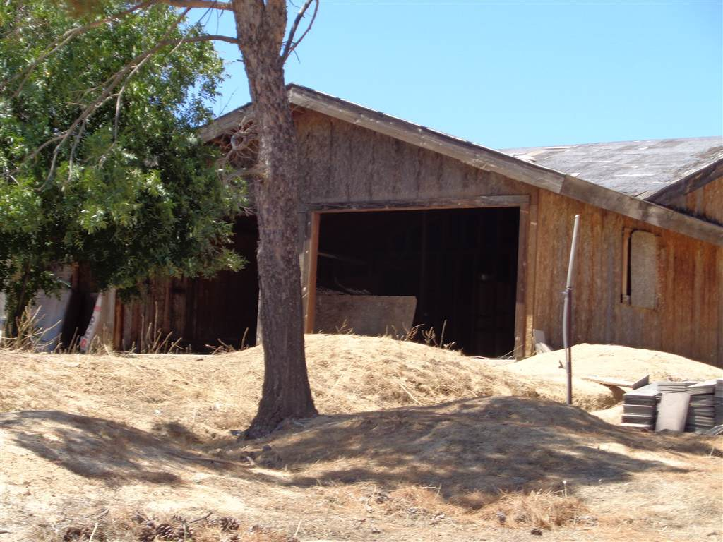 37615 Moon Valley Rd. - Photo 1