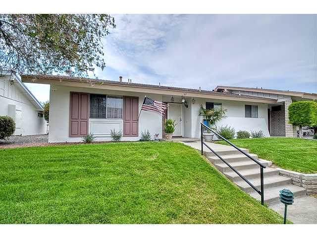 3760 Vista Campana S. #61, Oceanside, CA 92057 (#190050111) :: Neuman & Neuman Real Estate Inc.