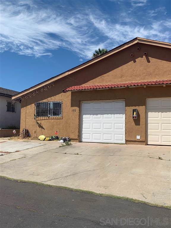1928 Avenida De La Cruz, San Ysidro, CA 92173 (#190050308) :: Allison James Estates and Homes