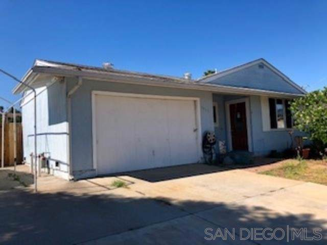 9417 Pyror Dr, Santee, CA 92071 (#190050664) :: Whissel Realty