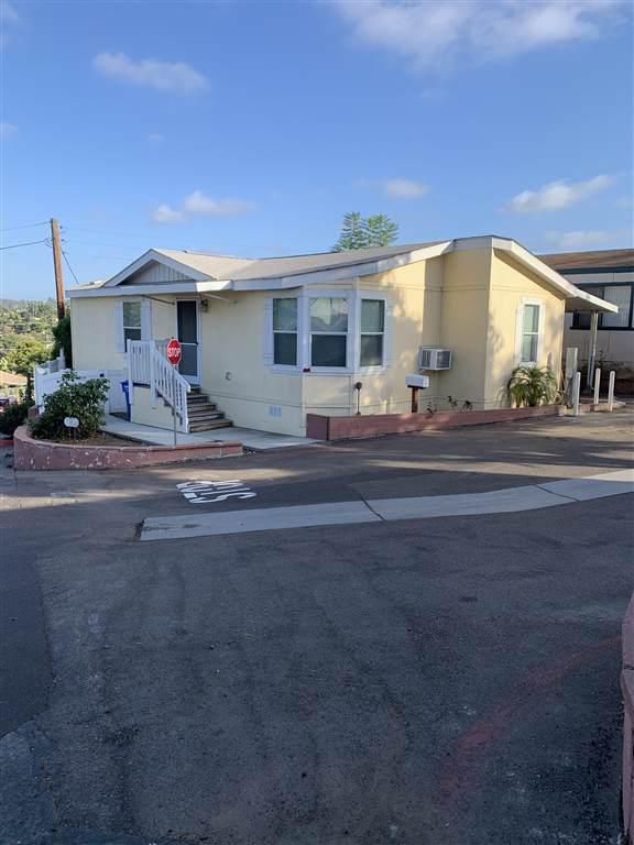 220 Camino Corto #29, Vista, CA 92083 (#190051166) :: Neuman & Neuman Real Estate Inc.