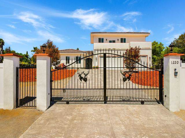 1220 Navel Pl, Vista, CA 92081 (#190051643) :: Be True Real Estate
