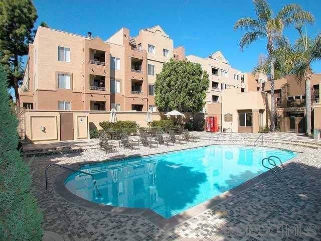 8889 Caminito Plaza Centro #7330, San Diego, CA 92122 (#190051670) :: Neuman & Neuman Real Estate Inc.