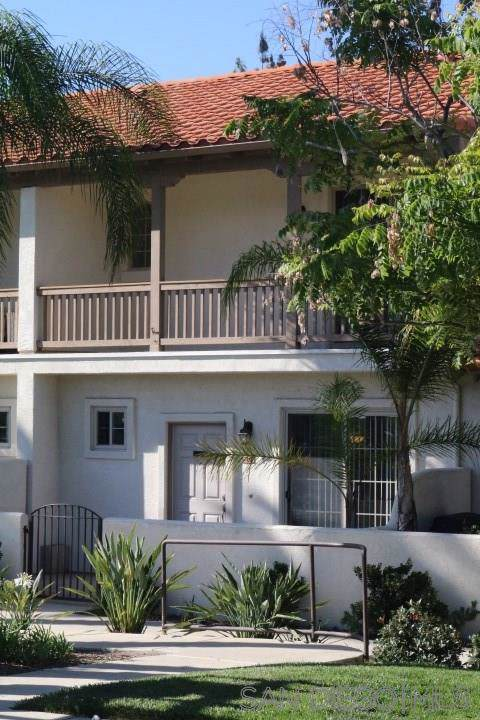 1454 Rancho Rose Way, Oceanside, CA 92057 (#190052389) :: Neuman & Neuman Real Estate Inc.