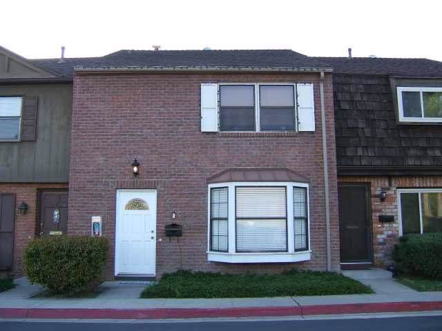 11909 Royal Road Unit F, El Cajon, CA 92021 (#190052409) :: Allison James Estates and Homes