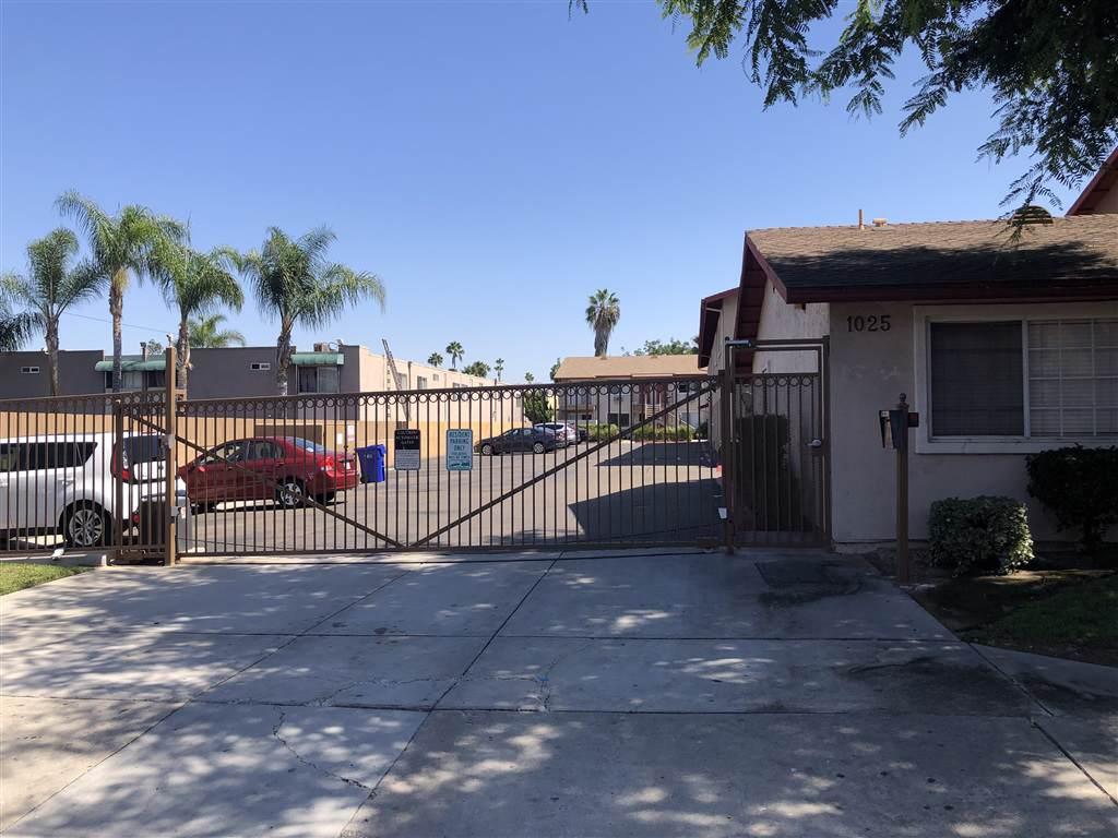 1025 Estes Street - Photo 1