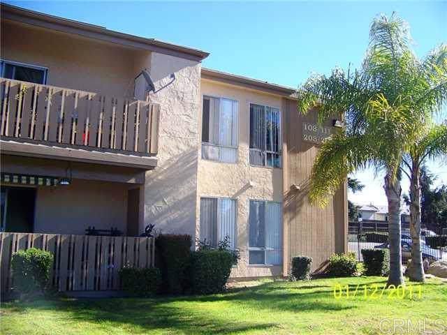 1051 Rock Springs #209, Escondido, CA 92026 (#190057243) :: Keller Williams - Triolo Realty Group