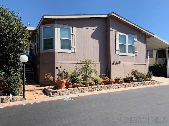 12813 Estrella Vista #235, Poway, CA 92064 (#190059596) :: Neuman & Neuman Real Estate Inc.