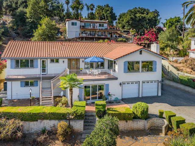 1043 Park Hill Ln, Escondido, CA 92025 (#190060449) :: Neuman & Neuman Real Estate Inc.