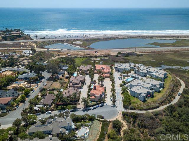 845 N Rios, Solana Beach, CA 92075 (#190060666) :: Whissel Realty