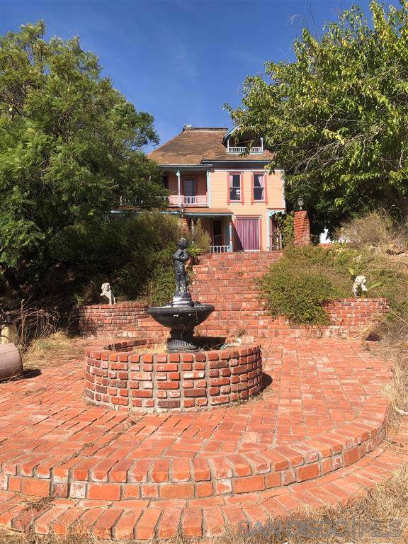 1150 Calle Maria, San Marcos, CA 92069 (#190063459) :: Whissel Realty