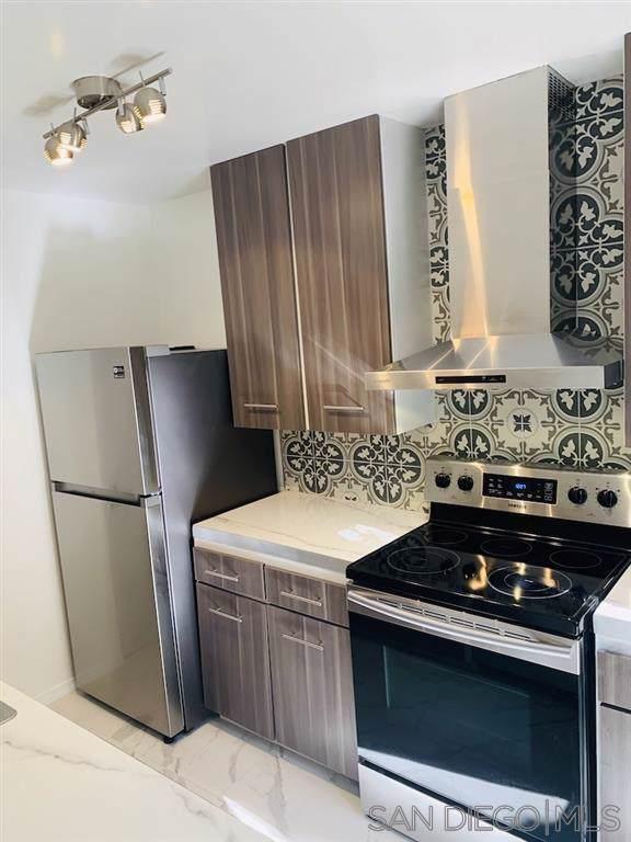 4857 Collwood Blvd A, San Diego, CA 92115 (#190064371) :: Allison James Estates and Homes