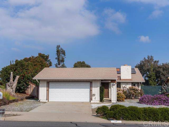 646 Cortez Ave, Vista, CA 92084 (#200003002) :: Whissel Realty
