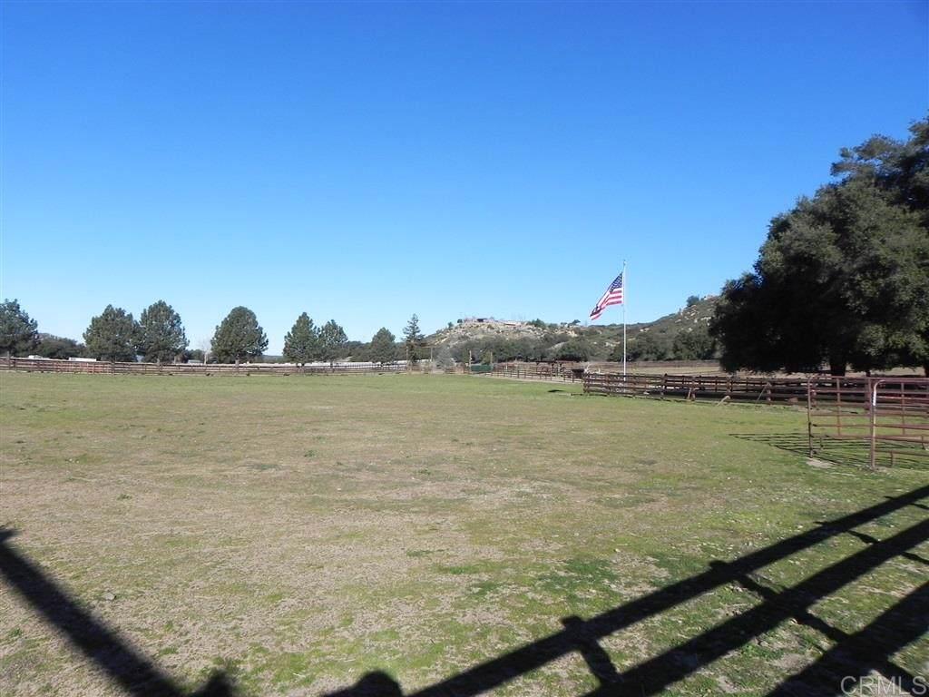 10605 Burrell Way - Photo 1