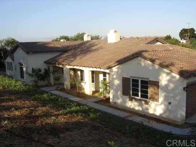 4335 Via De Los Cepillos, Bonsall, CA 92003 (#200011509) :: The Stein Group