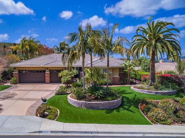 11712 Creek Bluff Dr, Poway, CA 92064 (#200016471) :: The Yarbrough Group