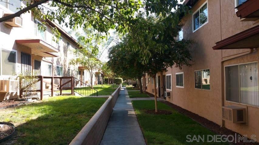 9727 Winter Gardens Blvd - Photo 1
