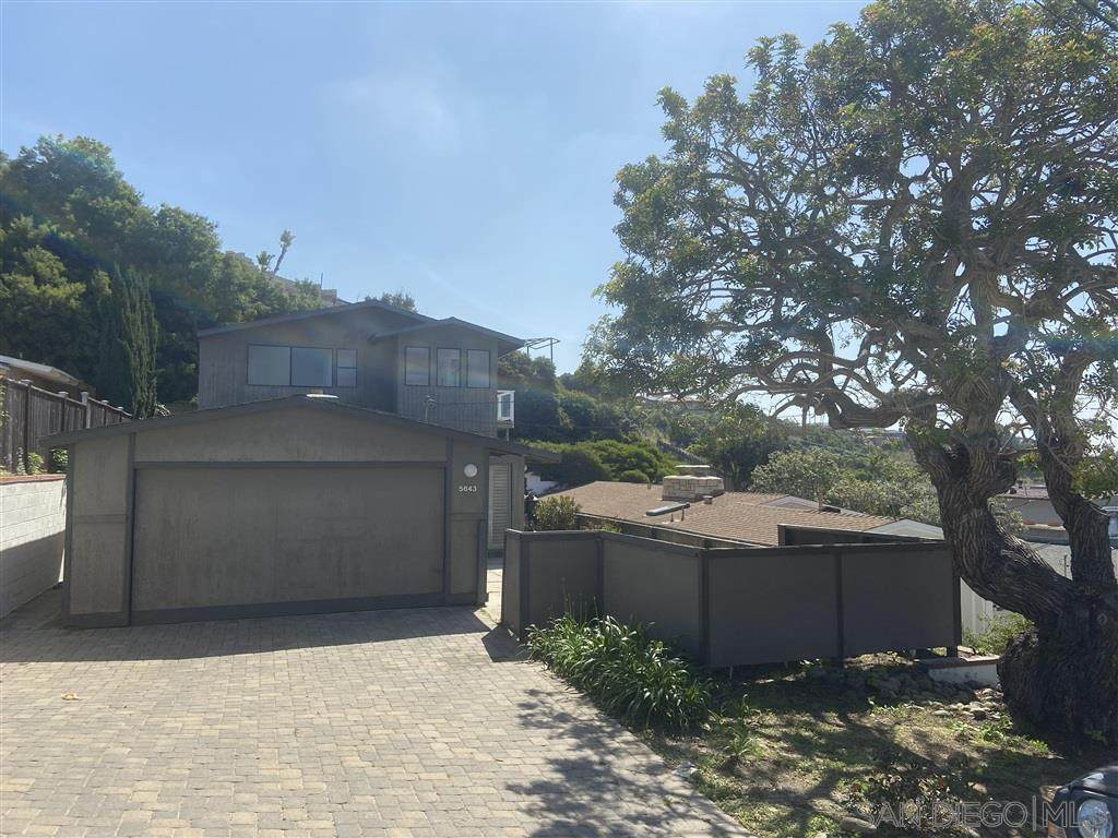 5643 Linda Rosa Avenue - Photo 1