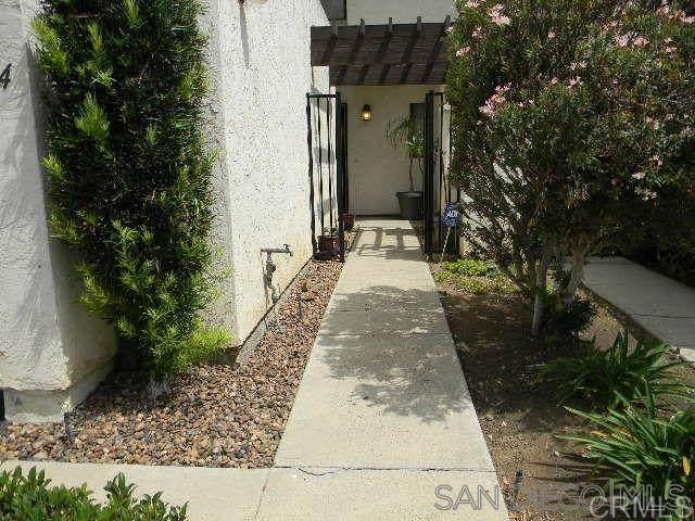 1134 Via Loma, El Cajon, CA 92019 (#200032536) :: Compass