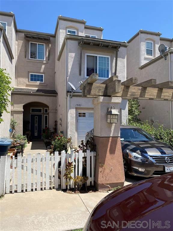1583-1603 S Escondido Blvd, Escondido, CA 92025 (#200038470) :: Compass