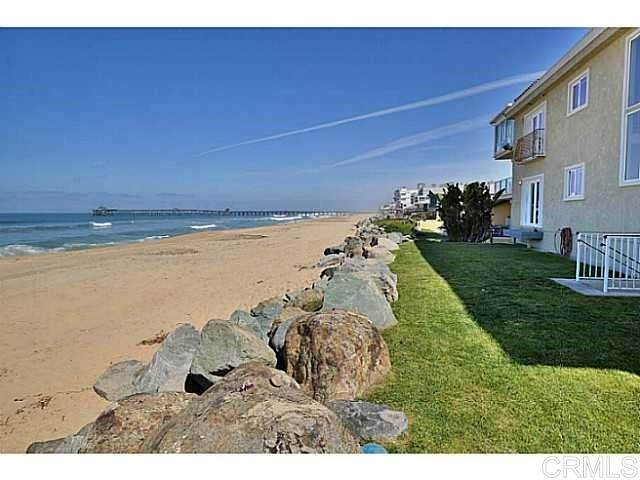 1220 Seacoast #15, Imperial Beach, CA 91932 (#200043701) :: Neuman & Neuman Real Estate Inc.